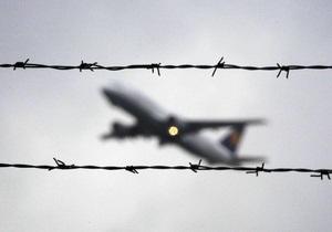 В аэропорту Грозного подросток едва не ослепил пилота. Кадыров запретил лазерные указки