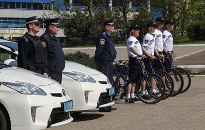 Мариупольские пляжи будут охранять полицейские на велосипедах