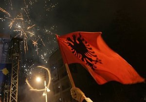 Франция и Германия призвали Сербию смириться с утратой Косово