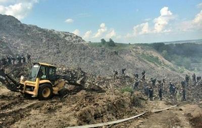 ЧП у Львова: под мусором может быть еще один человек
