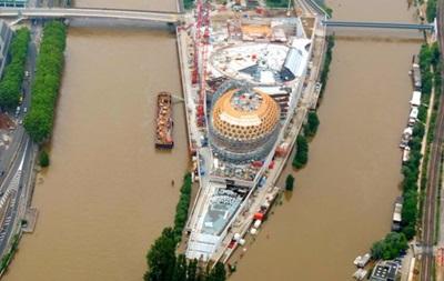 Париж: пік повені пройдено, рівень Сени йде на спад