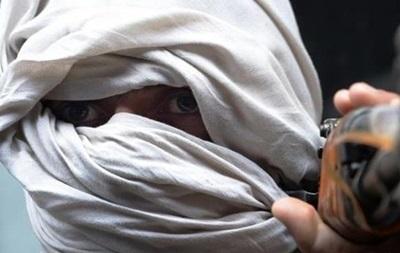 Талибы убили 12 силовиков и похитили пассажиров автобуса