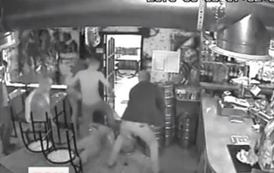 В кафе Киева на глазах у полиции избили участника АТО