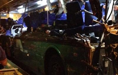 В Судане пассажирский автобус столкнулся с автоцистерной: 32 погибших