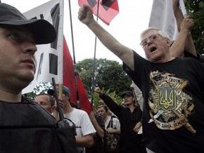 Луценко призвал Западную Украину показать моральную культуру во время визита Кирилла