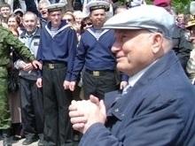 Лужков: Россия и ее Черноморский флот останутся в Севастополе