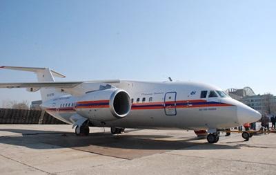 Российский самолет приземлился под Киевом