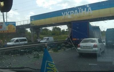 Водители растащили пиво из попавшей в ДТП фуры