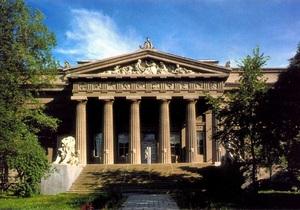 СМИ: Национальный художественный музей находится на грани разрушения