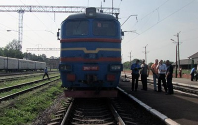 В Бердичеве мужчина бросился под поезд