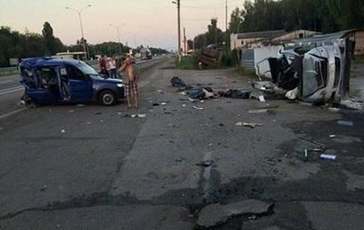 ДТП в Киевской области: трое погибших и пятеро пострадавших