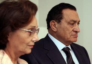 Мубарак с женой готовы отдать все имущество народу