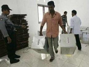 В Индонезии выбирают президента