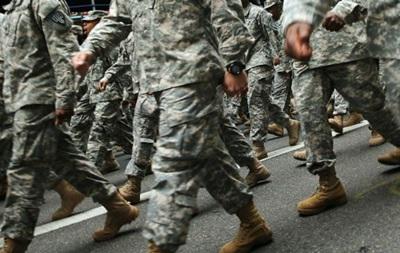 Трансгендерам разрешили служить в армии США
