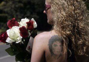 Фанатов на один день пустят на могилу Майкла Джексона