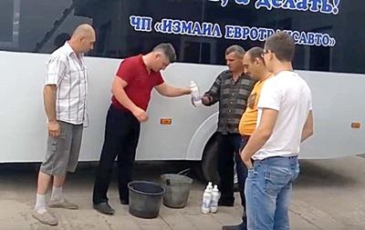 В Измаиле автобусы начали протирать хлоркой