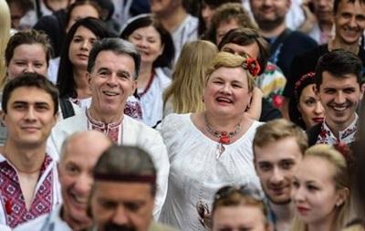 В Беларуси учредили День вышиванки
