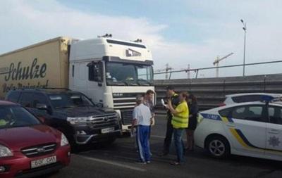 Авто экс-мэра Киева снова попало в ДТП