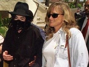 Интервью экс-жены Майкла Джексона назвали фальшивкой