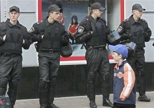 Порядок на 9 мая будут обеспечивать почти 40 тысяч милиционеров