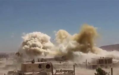 В Дамаске разбился военный самолет - СМИ