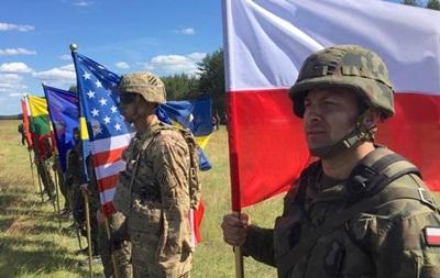 Квасьневский призвал Киев оставить мечту о членстве в НАТО