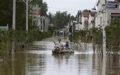 Число жертв наводнения в Китае превысило 100 человек