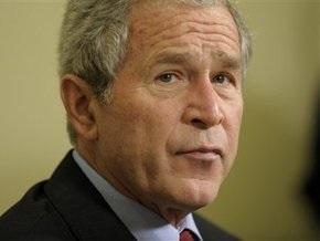 В Тегеране портреты Буша закидали ботинками