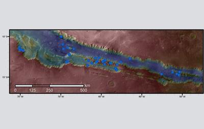 NASA показало водные каньоны на Марсе