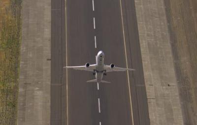Вертикальный взлет пассажирского Boeing Dreamliner стал хитом YouTube