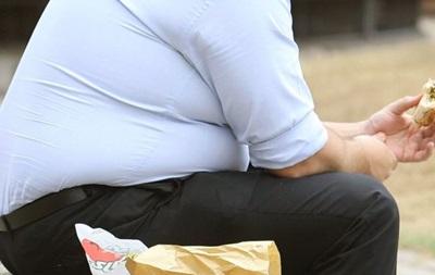 Ученые: Ожирение в три раза опаснее для мужчин, чем для женщин