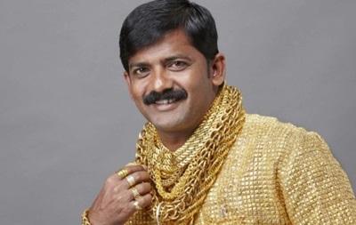Индийца в рубашке из золота избили до смерти