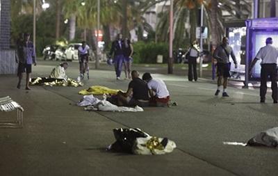 При теракте в Ницце пострадали более 300 человек