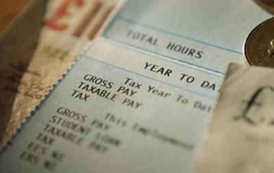 Сегодняшняя молодежь в Британии заработает меньше предыдущих поколений