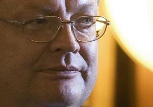 Грищенко пояснил, почему вступил в дискуссию с Тимошенко через СМИ