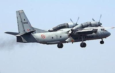 В Индии исчез с радаров самолет с военными