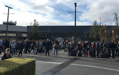 Аэропорт в Новой Зеландии экстренно эвакуировали