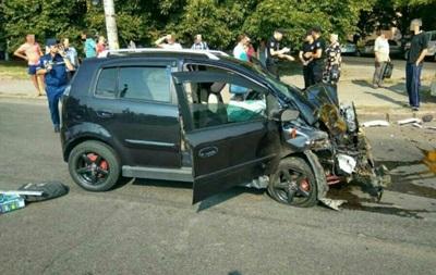 В Кропивницком Chery врезался в маршрутку: пять пострадавших