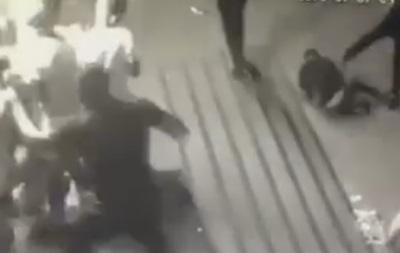 В Сарнах полиция побила посетителей клуба