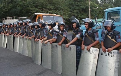 В Ереване сдались захватившие полицейский участок