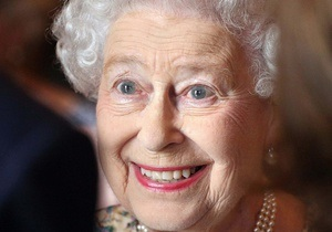 Елизавета II познакомилась с правнуком