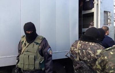 Зона у війні. Як повертають в'язнів з Донбасу