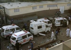Пакистанская полиция обезвредила бомбу, заложенную в больнице города Карачи