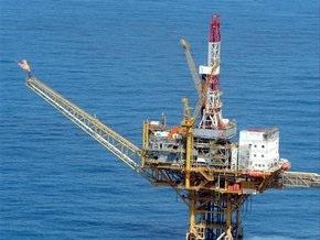 Цена на нефть упала за одну сессию на 10%