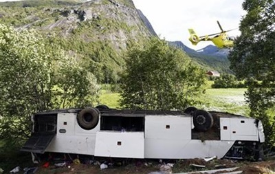ДТП с украинцами в Норвегии: четверо остаются в больницах