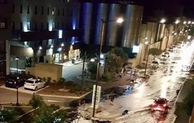 В французском городе Сет произошел винный потоп