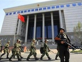 В Китае осужден уйгур, бросавшийся на прохожих со шприцем