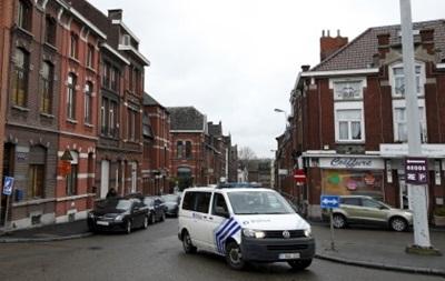 В Бельгии мужчина напал на полицейских с мачете