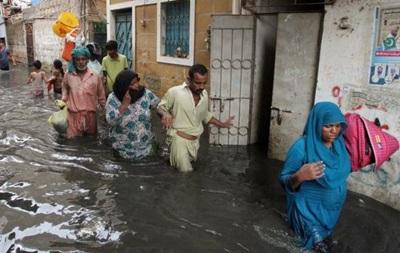Сильнейшие ливни обрушились на пакистанское побережье в четверг
