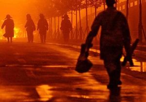 В Киеве на Оболони пожарные спасли двух бездомных